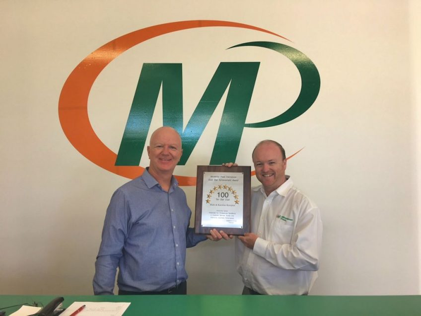 Mark Kerspien and Glenn Coyle, Minuteman Press International Regional Vice President for Perth/Western Australia. http://www.minutemanpressfranchise.com.au